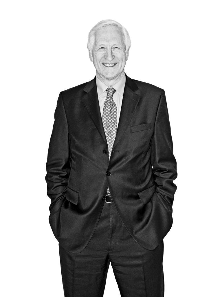 Black and white portrait of Nick Kuennsberg